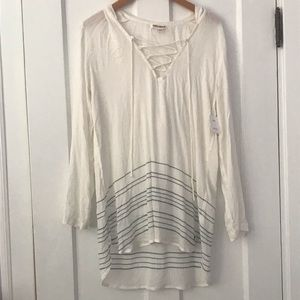 NWT Billabong coverup with hood